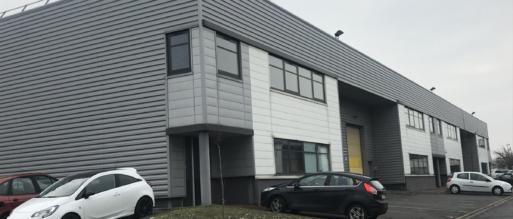 Euro Techno Com prend à bail 1 753 m² d'entrepôts et de bureaux à Gennevilliers
